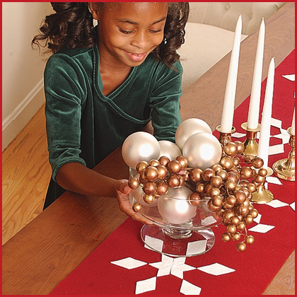 holiday crafts table runner