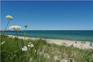oak-bluffs-town-beach-oak-bluffs-marthas-vineyard